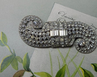 CORO Signed DUETTE Art Deco Rhinestone Brooch or Dress Clip Double Swirl   NEM7