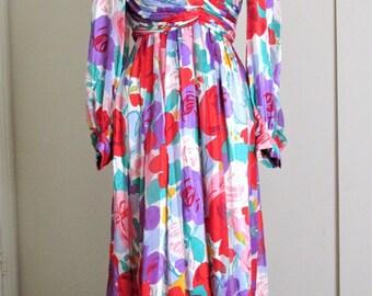 GORGEOUS Floral Fantasy Garden Tea Length Dress by Morton Myles for the Warrens Vintage Size 12 Medium