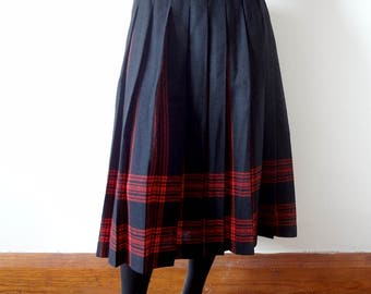 Vintage Wool Pendleton Skirt - black and red pleated a-line Menzies Tartan