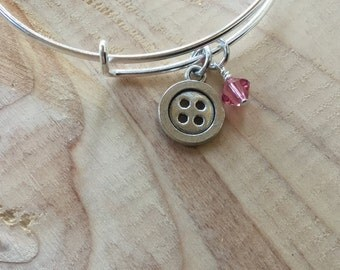 SALE- Button Bangle Bracelet- Button Charm, and accent bead- only 1 available