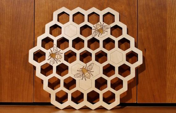 Honey bee Wall Art, Warm Pot Trivet, Pattern T16, Laser Engraved, Paul Szewc, Masterpiece Laser