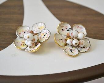 1960s Speckled Enamel and Bead Cluster Flower Clip Earrings