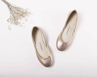 The Metallic Ballet Flats in Bronze Silver LAST PAIR size 38