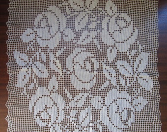 Large Vintage Filet Crochet Doily Flower and Scallop Edge Delicate Lacy