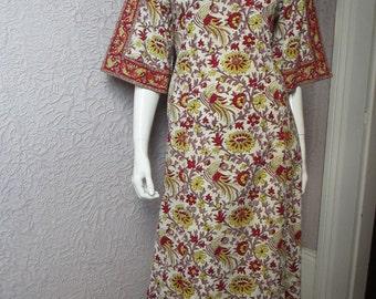 70's Vintage Hippie India Hand Printed Dress med.