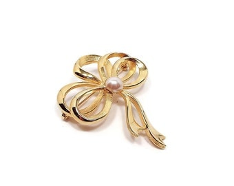 Faux Pearl Vintage Bow Brooch Gold Tone Retro Fashion Pin