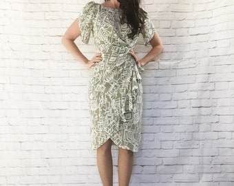 Vintage 80s Ruffled Peplum Wrap Dress S Flutter Puff Sleeves Graphic Print Sage Green
