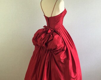 "Vintage 50s bombshell red silk cocktail dress -  50s ""new look"" full skirt bustle party evening dress - small / medium"