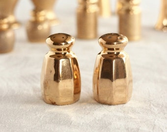 Gold salt and pepper shakers, all over gold, , lusterware, vintage salt and pepper, gold porcelain