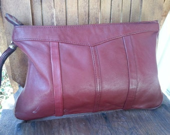 STASH   ///    Leather Clutch Wristlet