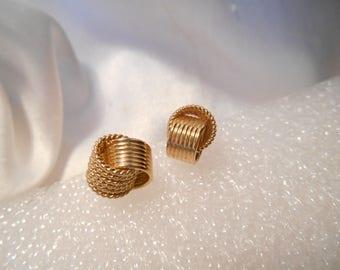 Avon Delicate Knot Clip Earrings in Gold Tone