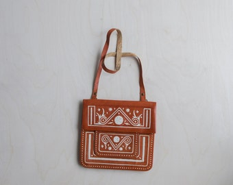 vintage southwestern leather stitched bag