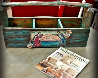 Reclaimed Wood Tote with Branch Handle ~ Beach Cottage / Farmhouse ~ Sea Shells ~ Turquoise ~ Three Section