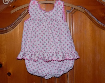 Sz. 18 mo. Vintage Carter's Dress Set