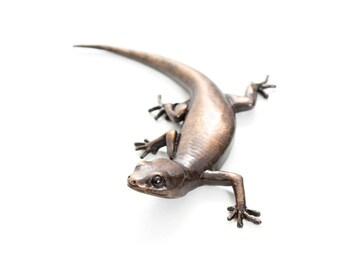 Gecko - size 5, 'c' shape. Bronze Open Edition