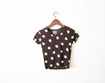 90s shirt / grunge shirt / daisy shirt / crop top / 90s club kid / brown stretchy babydoll t shirt xs