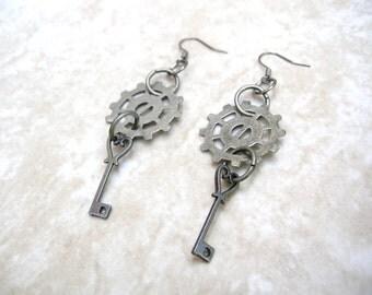 Steampunk Key Earrings - Industrial Earrings