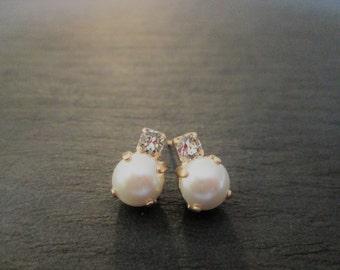 New Matte Rose Gold Swarovski Studs/Swarovski Crystal and Pearl Studs/White Pearl Swarovski Earrings/Junior Bridesmaid Earrings/Flower Girl