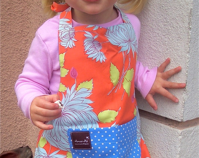 Apron with Pocket, Orange and Teal Floral Print Organic Cotton Reversible, flattering fit, CHILD size. Spring Fashion, Photo Prop