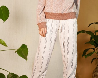 Organic cotton trousers with stripes print