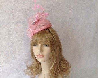 Pink Sinamay Fascinator Hat, Feather Fascinator, Wedding Headpiece, Mother of the bride, British Tea Party Hat, Kate Middleton Hat, Ascot
