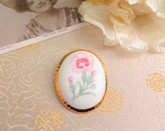 Vintage Brooch - Vintage Ceramic Brooch - Oval Brooch - Flower Brooch - Carnation Brooch - Porcelain Brooch - Vintage Gift for Her - Pink