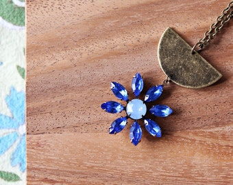 brass and vintage glass daisy necklace - royal and sky blue - 30 inches