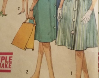 Vintage Simplicity Sewing Pattern Size 13 Bust 33 One-Piece Jiffy Turnabout Dress and Hat