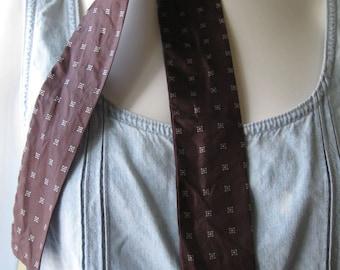 Brown skinny scarf, 1970s-80s vintage foulard print silk narrow scarf, feminized necktie