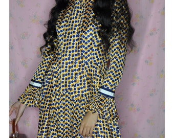 1960's Ruffle Sleeve Geometric Print Dress