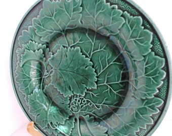 Vintage Wedgwood Majolica Leaf Dish | Green Grape Leaf Ceramic Plate | Coffee Table Home Decor | GreenTreeBoutique