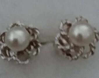 Vintage sterling silver and pearl stud earrings