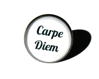 CARPE DIEM RING - Seize the Day - Quote ring - Inspirational Ring - Motivational Jewelry - Black and White - Minimalist Ring - Gift for her