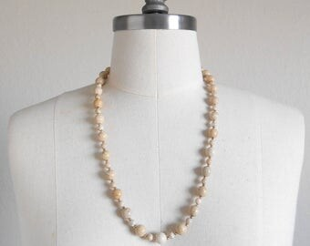 80s vintage necklace - stone tan cream natural stone necklace - 80s Sorcerer's Assistant necklace
