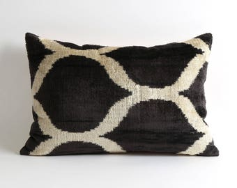 12x18 Black and white modern ikat velvet cushion cover // Decorative modern pillows