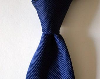 Vintage THE CUSTOM SHOP Navy Blue Silk Twill Solid Tie Necktie