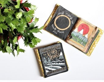 Baby's Guide to The Lord of the Rings // Fabric Book // Literary Baby // Baby Toy // Quiet Book // Book Nursery