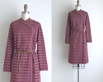 1960s Dress / Vintage 1960s Shift Dress / Striped Polyester Shift Dress