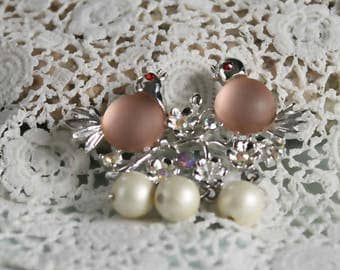 Vintage lovebirds pin, frosted pink glass, jelly belly figural brooch, silver tone metal