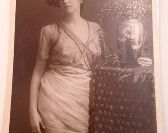 Vintage RP Postcard - Edwardian Actress Miss Gabrielle Ray posted1907