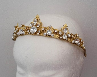 Wedding Crown Bridal Tiara Swarovski Crystal Tiara Swarovski crystal crown Gold crown  Bridal crown Bridal hair accessory  Wedding headpiece