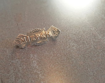 Victorian silver & gold Mizpah brooch - Hallmarked Birmingham, 1899. Mizpah jewellery, mizpah jewelry, estate brooch, sweetheart brooch, pin