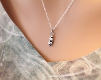 Sterling Silver Two Peas in a Pod Charm Necklace, Sterling Silver Two Peas in a Pod Necklace, Two Peas In a Pod Family Necklace
