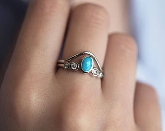 Turquoise Wedding Ring Set, Turquoise Engagement Ring with Curved Gold Band, Curved Wedding Band with Turquoise Diamond Ring, Capucinne