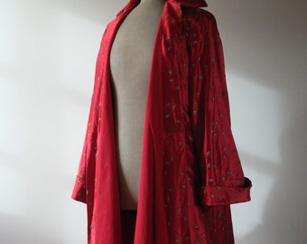 SALE Authentic 1950s French red silk embroidered swing coat