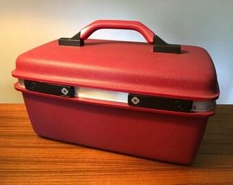 Vintage Samsonite CarryPak 11 cosmetic train case