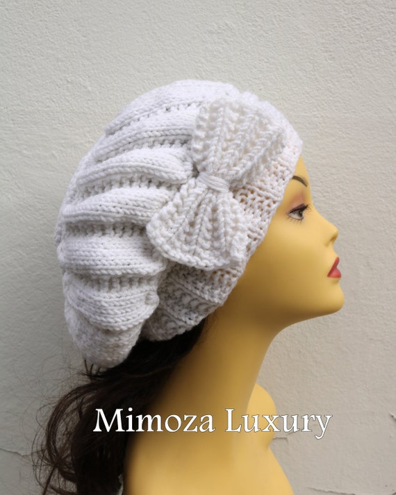 White Woman Hand Knitted Hat with Bow, White Beret hat with bow, White knit hat, White slouchy knit women's hat with bow, White winter hat