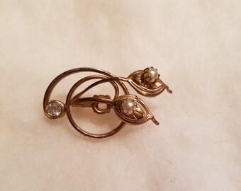 Vintage diamond rhinestone and pearl brooch