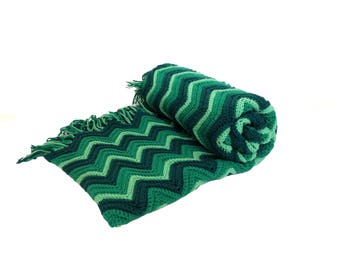 Vintage Green Chevron Striped Knit Afghan Blanket 76 x 52