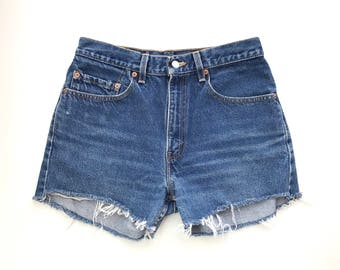 Vintage Levis Cut Off Shorts / High Waisted Jean Shorts / Levis Jean Shorts / Levis 505s / High Waisted Shorts W 29